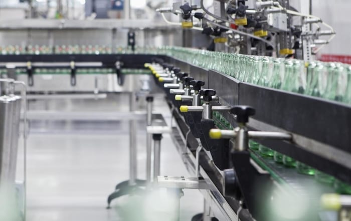 Beverage bottling line